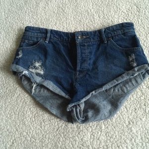 Roxy Distressed Cutoff Jean short 28